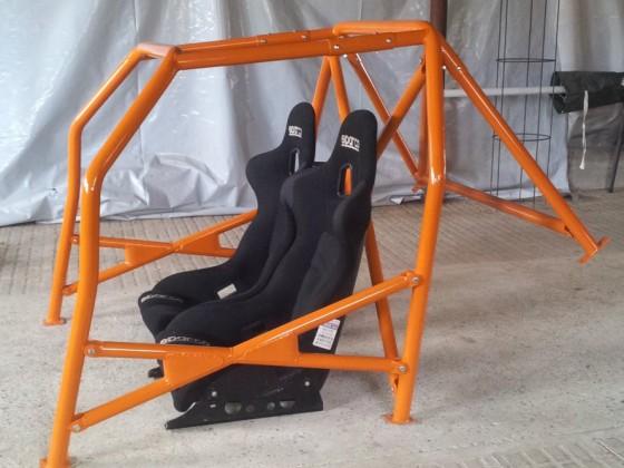 Käfig + Stühle
