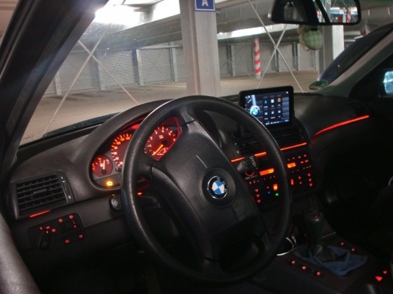 Tablet PC in E46 @ Night