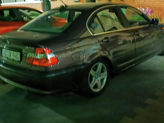 BMW 325 SMG Nachtaufnahme